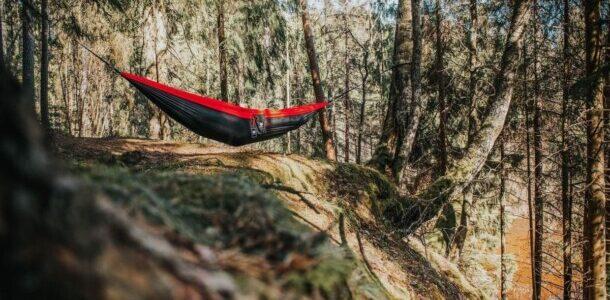 Las 10 mejores hamacas de viaje para acampar
